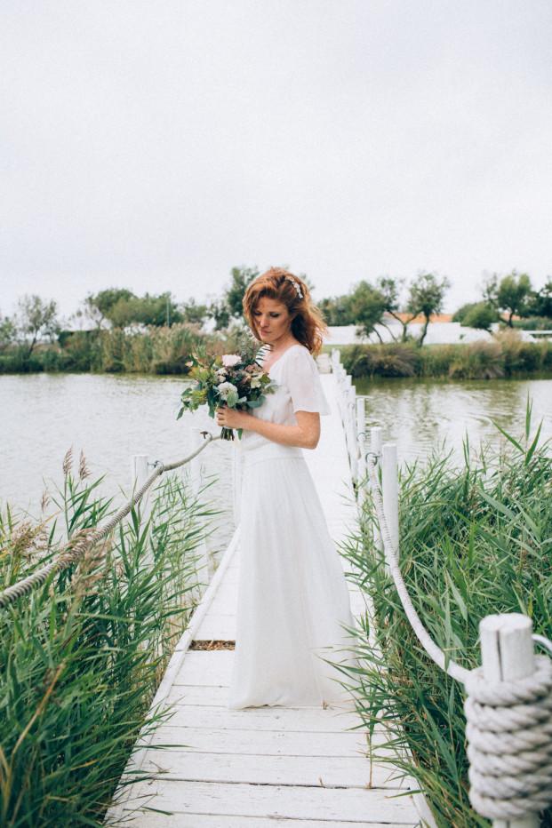 Un mariage en Camargue - Inspiration - Un shooting à découvrir sur le blog mariage www.lamarieeauxpiedsnus.com - Photos : Ingrid Lepan - Robe : Stephanie Wolff - Organisation : Daylove Event