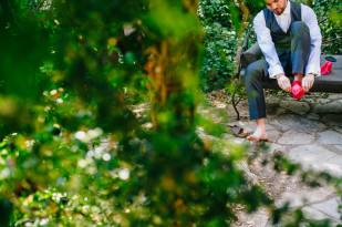 Davidone - Un mariage rustique et colore dans les Cevennes - La mariee aux pieds nus