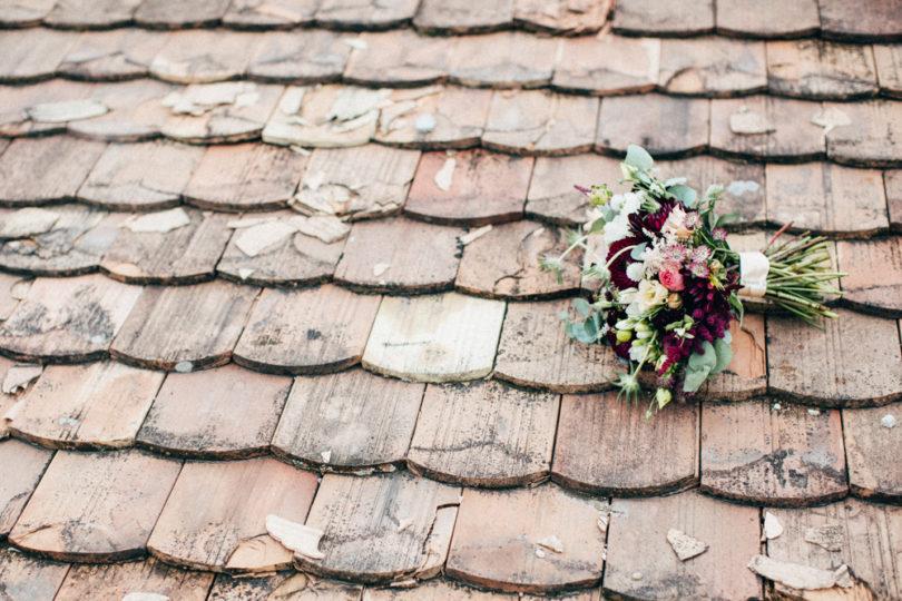 Un mariage champêtre et coloré - A découvrir sur le blog mariage www.lamarieeauxpiedsnus.com - Photos : Pinewood Weddings
