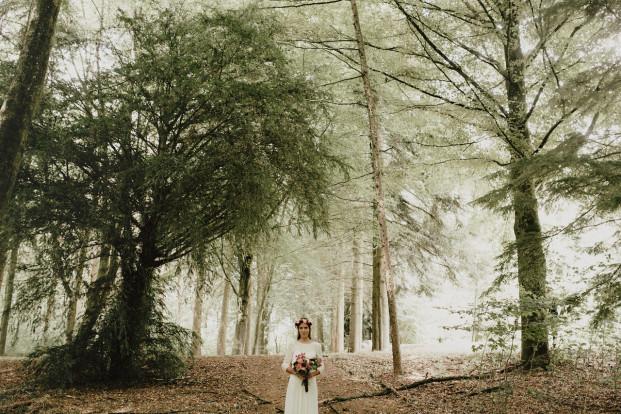 Un mariage champetre dans le Perche - A découvrir sur le blog mariage www.lamarieeauxpiedsnus.com - Photos : You Made My Day / Video : Less is more / Fleurs : Les fleurs de Pauline / Robe : Laure de Sagazan
