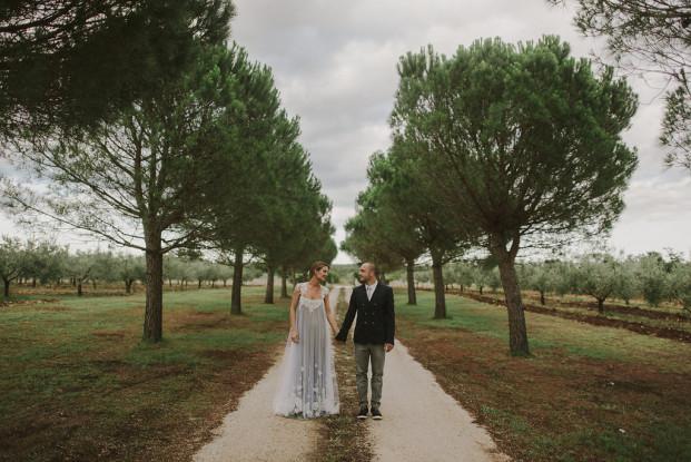 Un mariage simple et champêtre en Croatie - A découvrir sur le blog mariage www.lamarieeauxpiedsnus.com - Photos : Marko Marinkovic