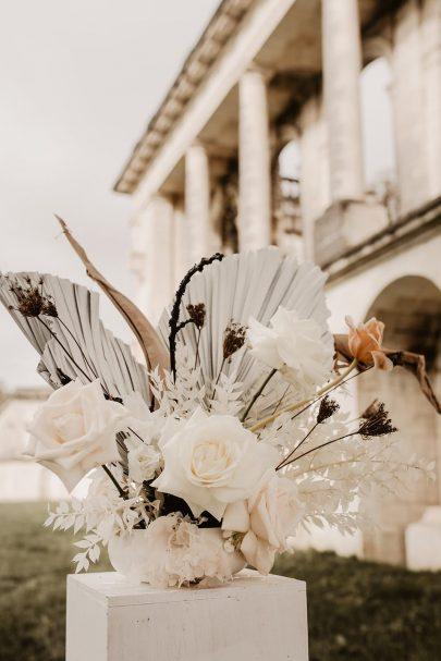 mariage au Château de la Mercerie en Charente - Photos : Alchemia Weddings - Blog mariage : La mariée aux pieds nus