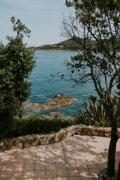 Un mariage simple en Corse - Photos : Madame B Photographie - Blog mariage : La mariée aux pieds nus