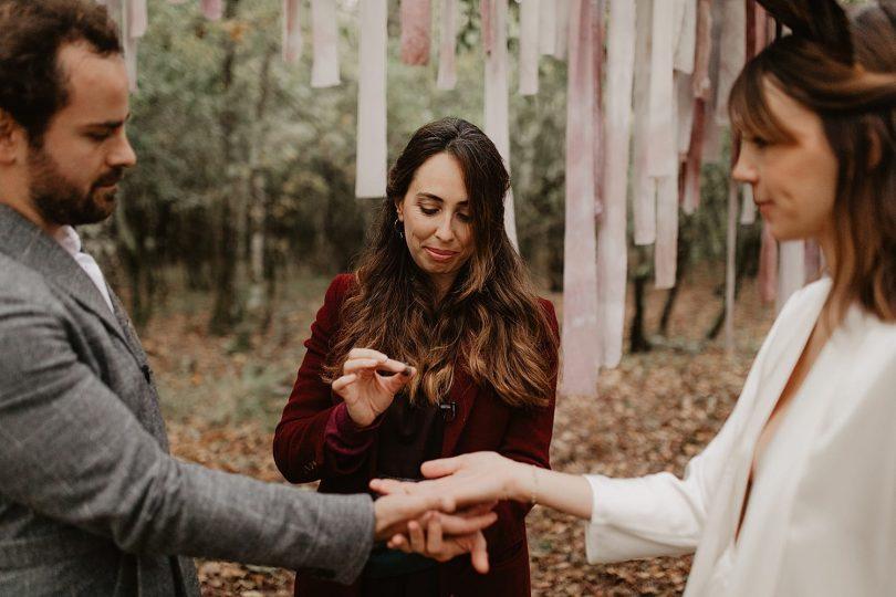 Organiser un mariage en petit comité - Un mariage écoresponsable au Domaine de Petiosse dans les Landes - Photos : Alchemia Weddings - Blog mariage : La mariée aux pieds nus