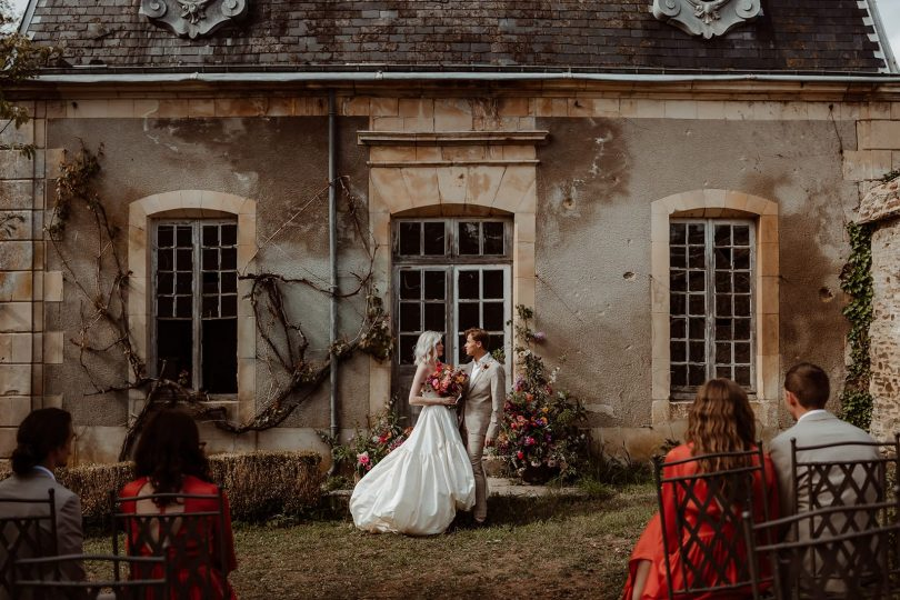Un mariage élégant au Château de Villers Bocage en Normandie - Photos : Moonrise Photography - Blog mariage : La mariée aux pieds nus