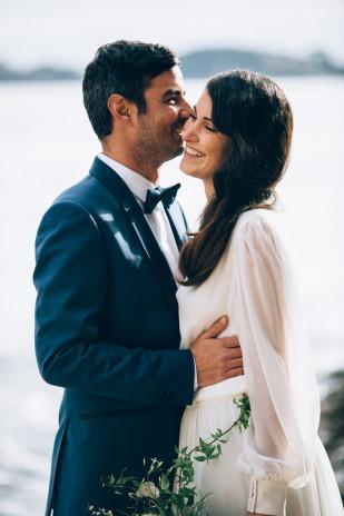 Un mariage élégant en bord de mer - A découvrir sur le blog mariage www.lamarieeauxpiedsnus.com - Photos : Ingrid Lepan