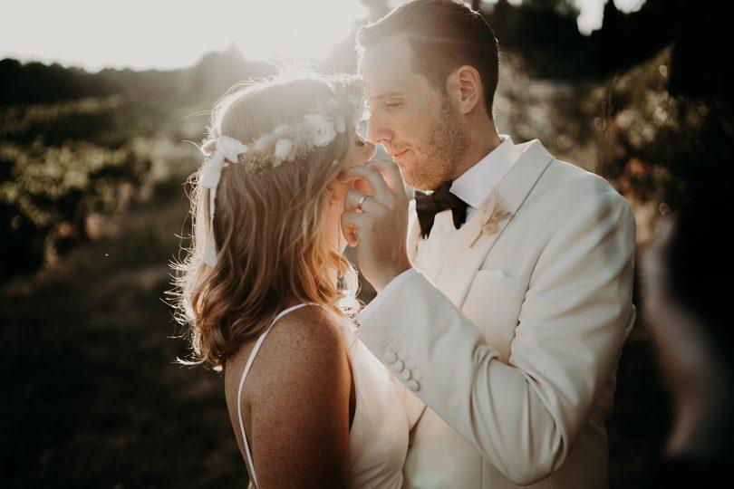 Un mariage élégant à La Tour Vaucros en Provence - Photos : The Quirky - Blog mariage : La mariée aux pieds nus