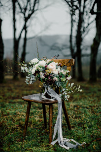 Un mariage inspiré par la nature en Alsace - Shooting d'inspiration - A découvrir sur le blog mariage www.lamarieeauxpiedsnus.com - Photos : Cottonwood Studios