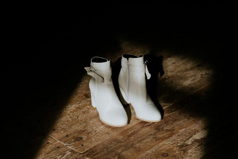 Un mariage en hiver à La Drille au bord de l'eau en Alsace - Photos : Photography by Chloé - Blog mariage : La mariée aux pieds nus