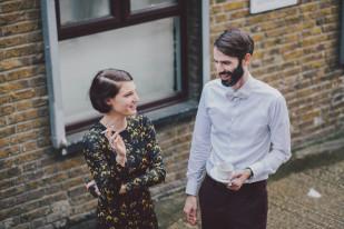 Say Cheers - Martin Condomines - Un mariage boheme a Londres - La mariee aux pieds nus