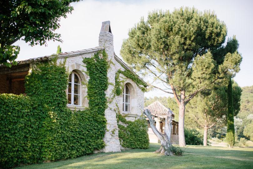Un mariage chic et élégant dans le Luberon - La mariée aux pieds nus - Ian Holmes Photography