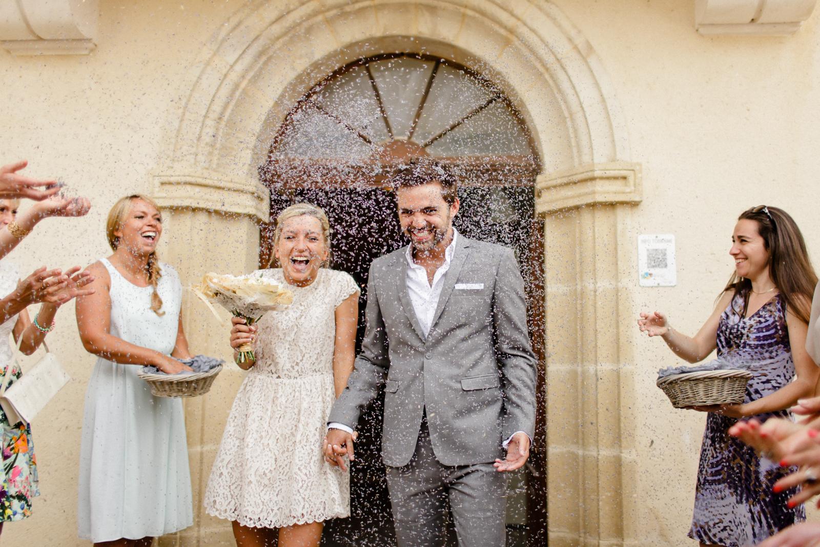 xavier navarro un mariage champetre chic en provence la mariee aux pieds nus - Tenue Mariage Champetre