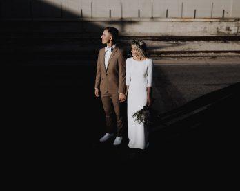 Pourquoi faut-il penser à la lumière pour avoir de belles photos de mariage ? - A lire sur le blog mariage La mariée aux pieds nus