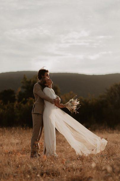 Un mariage simple et champêtre dans le Gard - Photos : Alchemia Wedding - Blog mariage : La mariée aux pieds nus