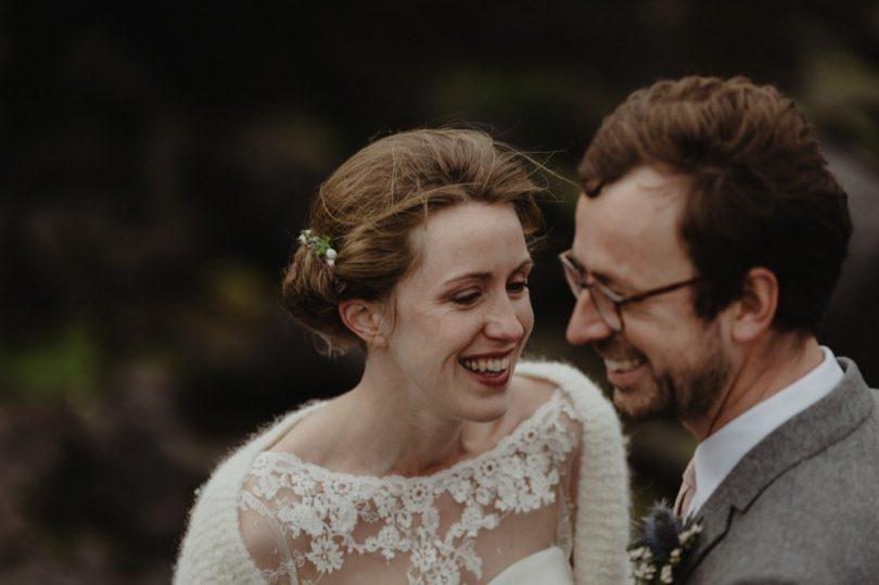 Un mariage simple en petit comité sur l'Ile de Skye en Ecosse - A découvrir sur le blog mariage www.lamarieeauxpiedsnus.com - Photos : Capyture