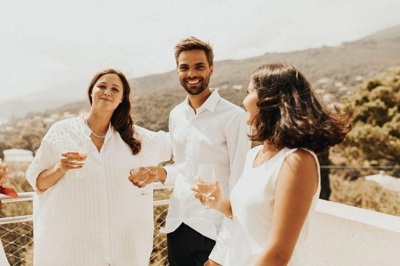 Un mariage simple et joyeux à Erbalunga en Corse - Photos : Ghania Iratni - Blog mariage : La mariée aux pieds nus