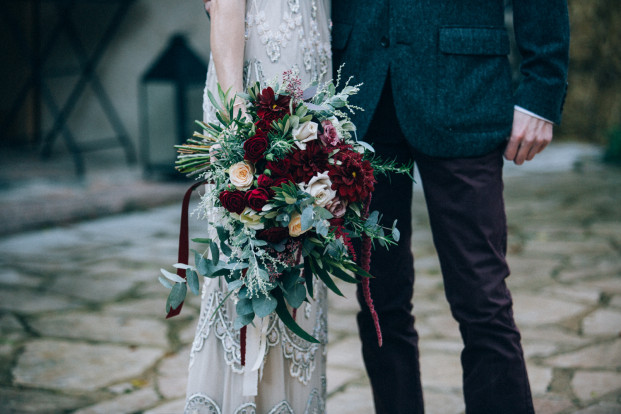Un mariage surprise en hiver à La Dime de Giverny - A découvrir sur le blog mariage www.lamarieeauxpiedsnus.com - Photos : Ingrid Lepan