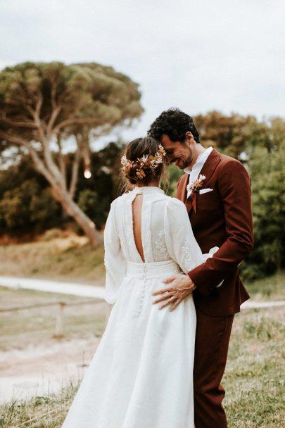 Un mariage Terracotta dans le Gard : Photo et vidéo : Pinewood Weddings - Blog mariage : La mariée aux pieds nus