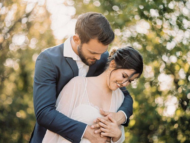 Un mariage au pied du Mont Ventoux en Provence - Photos : Valéry Villard - Blog mariage : La mariée aux pieds nus
