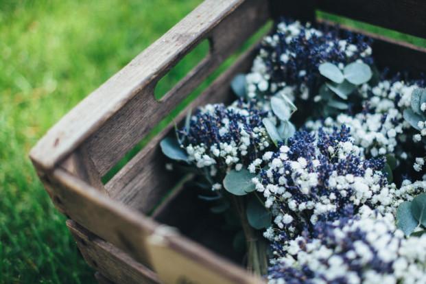 Reego - Choisir les fleurs de son mariage - Conseils - La mariee aux pieds nus