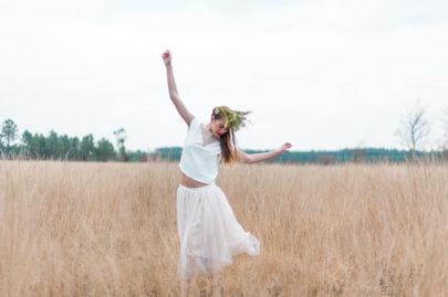 Marion H Photography - Collection capsule True Romance Christina Sfez et Blackbutter - La mariee aux pieds nus