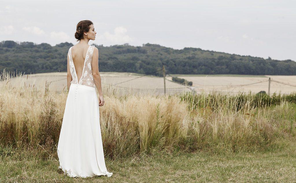 Mathilde Marie - Robes de mariée - Blog mariage :La mariée aux pieds nus