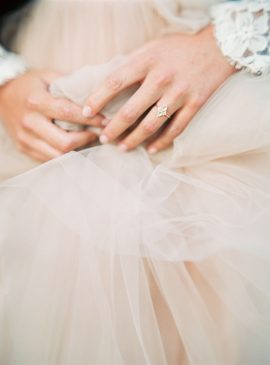 Portrait de Myrtille Beck - Joaillère et créatrice - Blog mariage : La mariée aux pieds nus