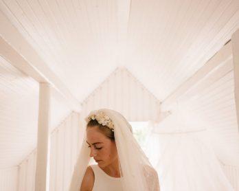 Comment nettoyer et conserver sa robe de mariée ? - Conseils et adresses sur le blog mariage La mariée aux pieds nus - Patrenariat avec les pressings Sequoia