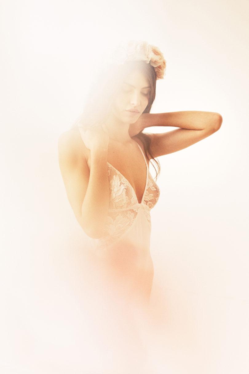 Noo x Elise Hameau - Collection capsule lingerie de mariée - A découvrir sur le blog mariage www.lamarieeauxpiedsnus.com