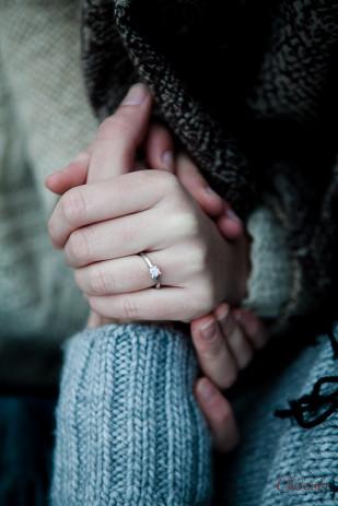 Amandine Crochet - Une seance engagement en hiver - La mariee aux pieds nus