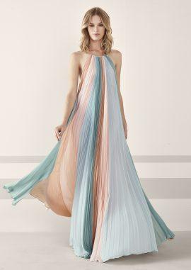 Pronovias - Collection cocktail 2019 - La mariée aux pieds nus