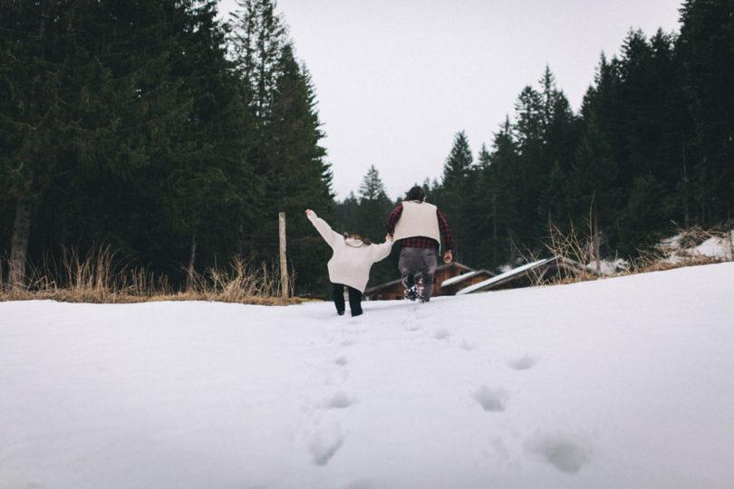 Reego Photographie - Un renouvellement de voeux à la montagne - La mariee aux pieds nus