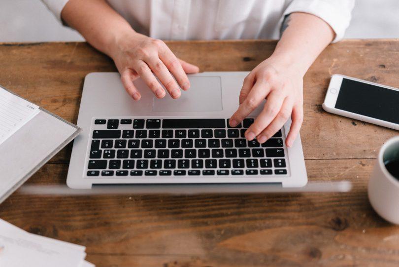 Gérer sa facturation lorsqu'on est indépendant - Blog mariage - Conseils pros - La mariée aux pieds nus