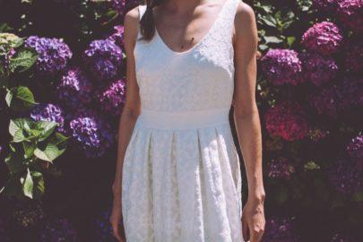 La mariée aux pieds nus - Photo : Laurence Revol - Robe de mariée Lorafolk - Collection 2016 - Modele Carmen
