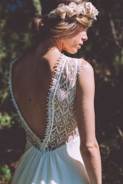 La mariée aux pieds nus - Photo : Laurence Revol - Robe de mariée Lorafolk - Collection 2016 - Modele Dori