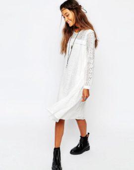 Robe de mariée petit budget - A découvrir sur le blog mariage La mariée aux pieds nus