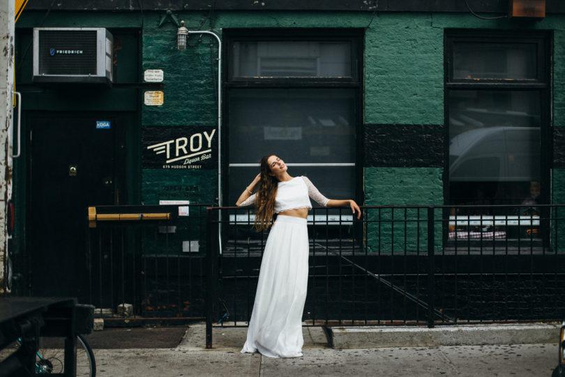 Robes de mariée Aurélia Hoang - Collection 2016 - A découvrir sur le blog mariage www.lamarieeauxpiedsnus.com - Photos : Jean Laurent Gaudy