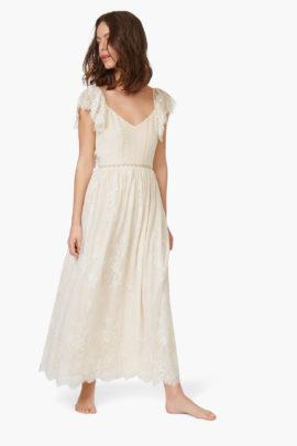 18 robes de mariée à moins de 500 euros - A découvrir sur le blog mariage www.lamarieeauxpiedsnus.com