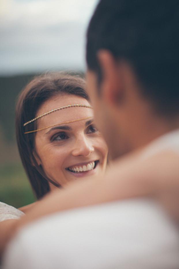 Reego Photography - Inspiration mariage gipsy - La ferme Saint Pierre - La mariee aux pieds nus