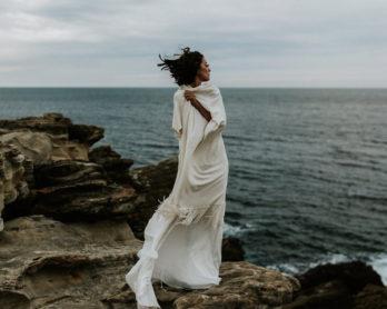 SLO Workshop - Un mariage en bleu sur la Côte Basque - Photos : Yoris Photographe - Stylisme : Nessa Buonomo