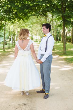 Sophie Delaveau - Un mariage en jaune au manoir de la Noe Verte en Bretange - La mariee aux pieds nus