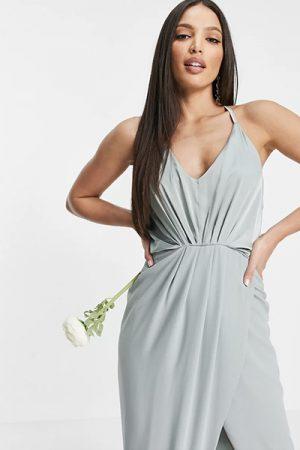 Où trouver votre robe de demoiselle d'honneur pour un mariage ? - Blog mariage : La mariée aux pieds nus