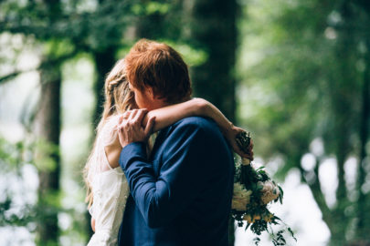 Un mariage pastel à la montagne à découvrir sur le blog mariage www.lamarieeauxpiedsnus.com - Photos : Ingrid Lepan