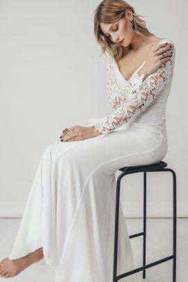 Wednesday - Robes de mariée - Blog mariage : La mariée aux pieds nus